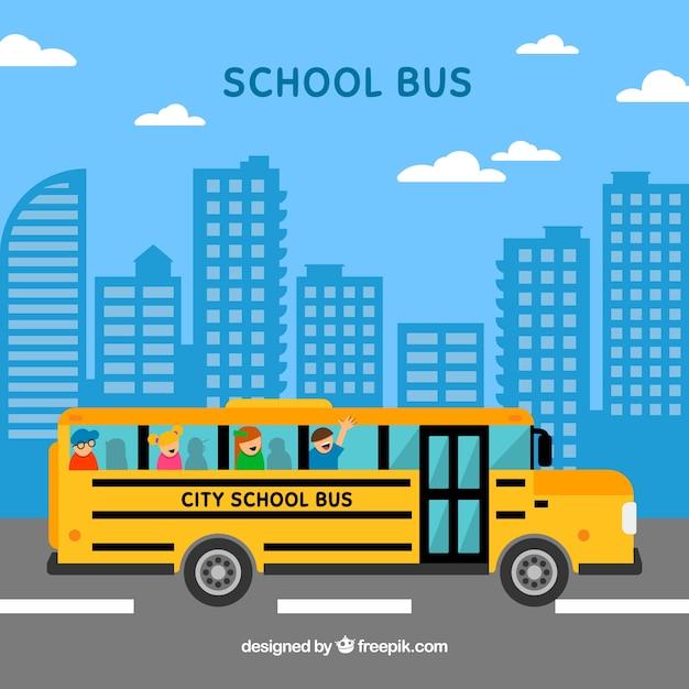 Ônibus escolar e crianças com design plano Vetor grátis