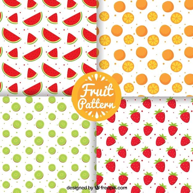 Pack de quatro padrões com frutas desenhadas à mão Vetor Premium