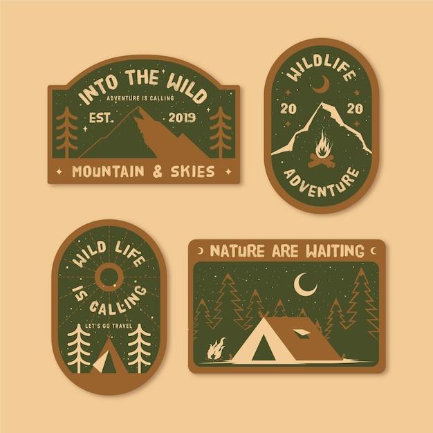 Pacote de emblemas vintage de acampamento e aventuras Vetor Premium