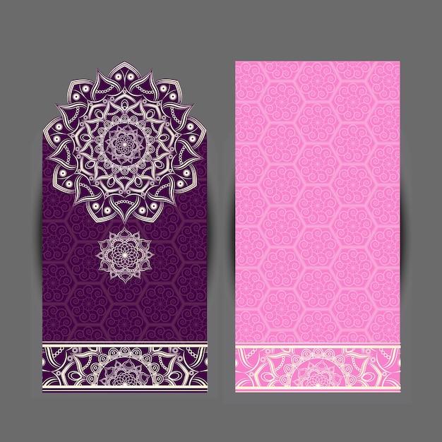 Padrão de medalhão estampado floral indiano. ornamento de mandala étnica. estilo de tatuagem de henna em vetor. pode ser usado para têxteis, cartões, livro de colorir, impressão de capa de telefone Vetor Premium