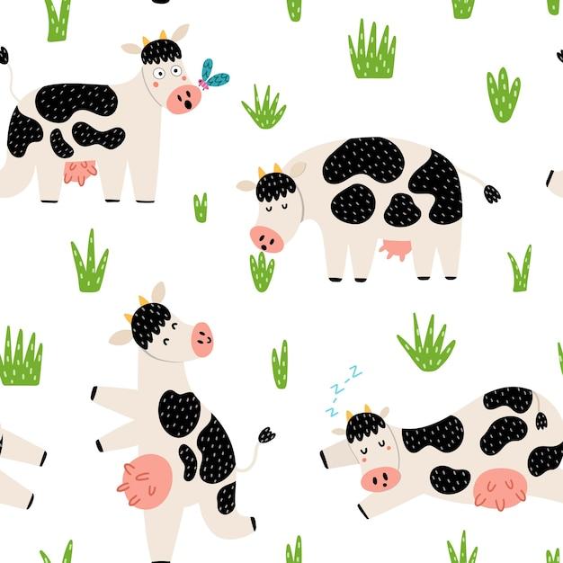 Padrão sem emenda de campo engraçado com vacas bonitos. personagens de fazenda no pasto. Vetor Premium