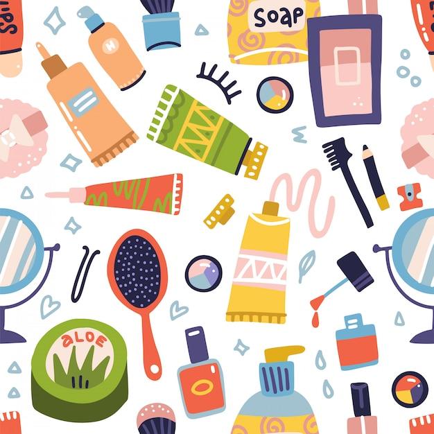 Padrão sem emenda de cosméticos e maquiagem. tubo de creme, batom, esmalte, sabonete, sombras para os olhos, espelho redondo. conjunto de ícones plana mão desenhada. coisas de mulher, acessórios de meninas. rosto, produtos para cuidados com a pele. Vetor Premium