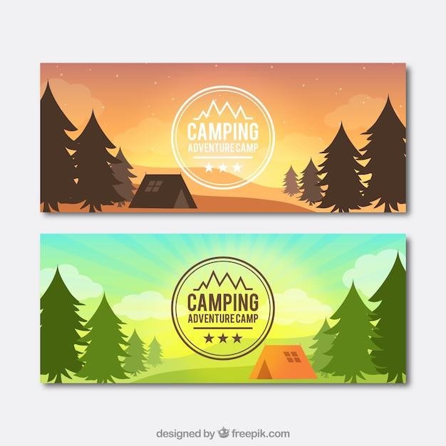 Paisagem do dia e pôr do sol com bandeiras barraca de acampamento Vetor grátis