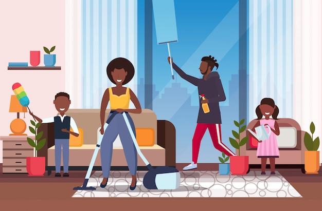 Palavras-chave: família pai africano americano housework pai limpeza usar-se limpeza crianças crianças usar-se pai limpeza janela conceito molhar limpeza housekeeping plantas quarto interior comprimento horizontal Vetor Premium