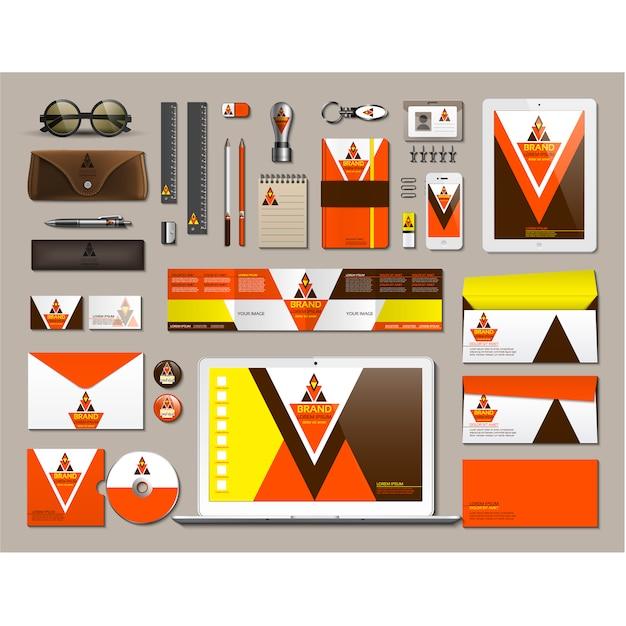 Papelaria de negócios com design laranja Vetor grátis
