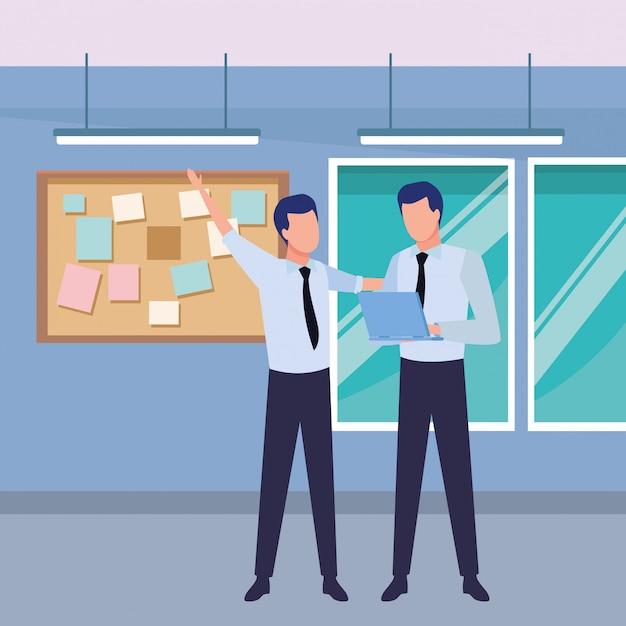 Parceiros de empresários com documentos Vetor grátis