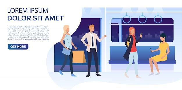 Passageiros usando smartphones, segurando sacolas no vagão de trem Vetor grátis
