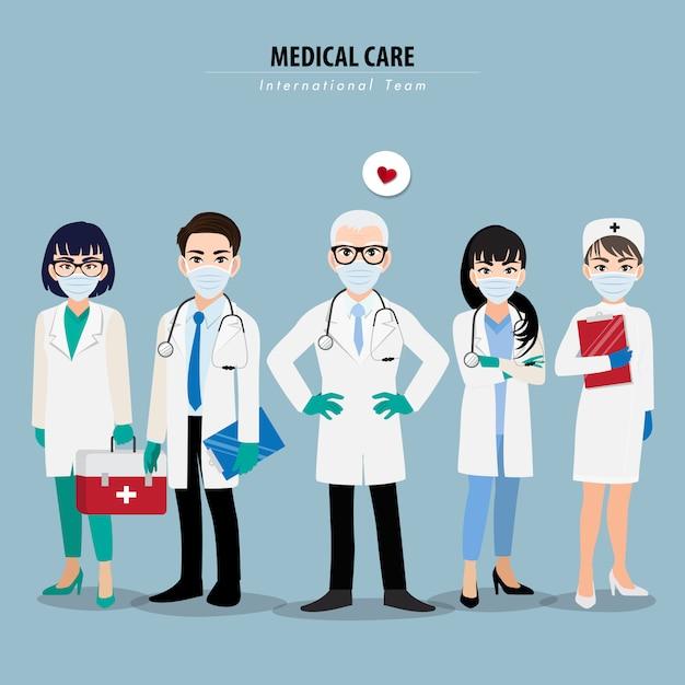 Personagem de desenho animado com profissionais médicos e enfermeiros usando máscara médica no rosto e juntos Vetor Premium
