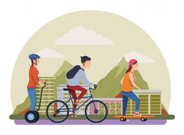 Pessoas com bicicletas de skate e scooter Vetor Premium