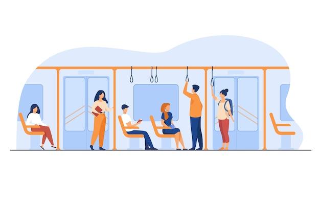 Pessoas em pé e sentadas em ilustração vetorial plana de ônibus ou metrô. homens e mulheres que usam o metrô. Vetor grátis
