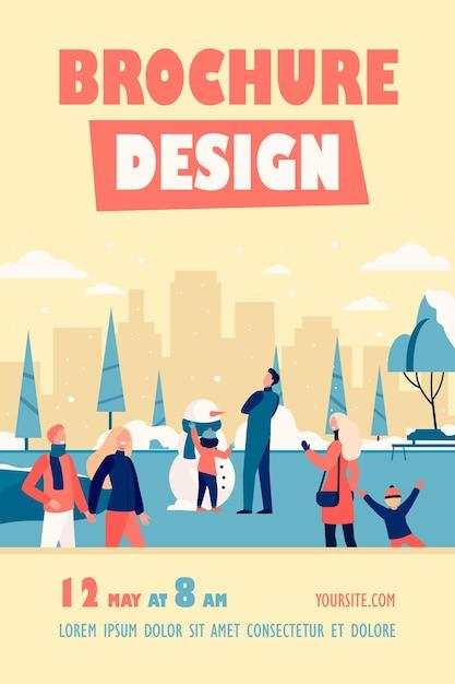 Pessoas felizes caminhando em um parque de inverno frio modelo de folheto isolado Vetor grátis