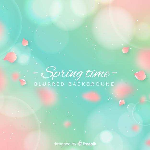 Pétalas realistas primavera fundo Vetor grátis
