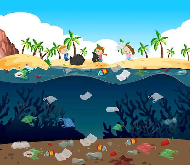Poluição da água com sacos de plástico no oceano Vetor grátis