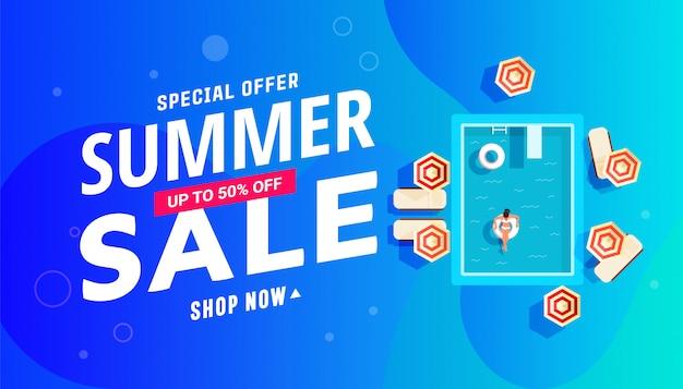 Projeto de banner de venda de verão com piscina com meninas, espreguiçadeiras e guarda-sóis. Vetor Premium