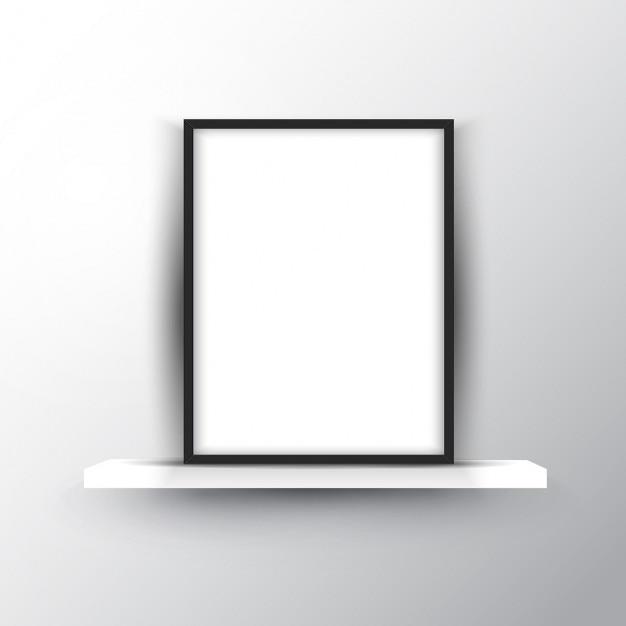 Quadro de imagem em branco em uma prateleira Vetor grátis