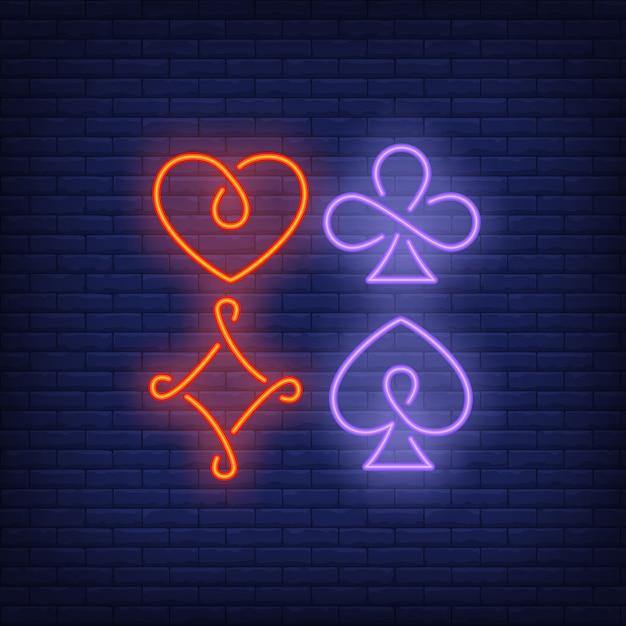 Quatro, cartão jogando, paleto, símbolos, sinal néon Vetor grátis