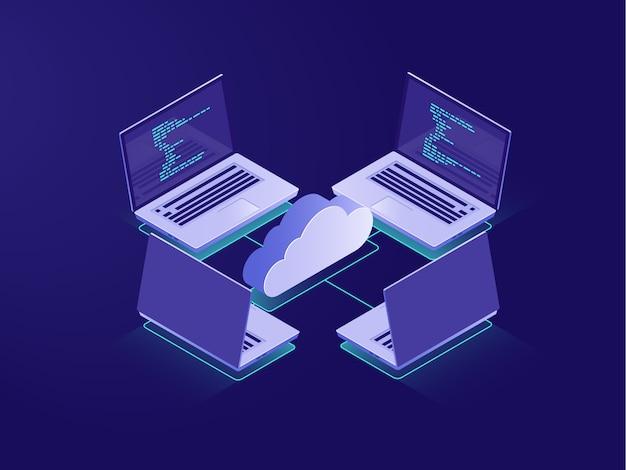 Rede com quatro laptops, conexão com a internet, armazenamento de dados em nuvem, sala de servidores Vetor grátis