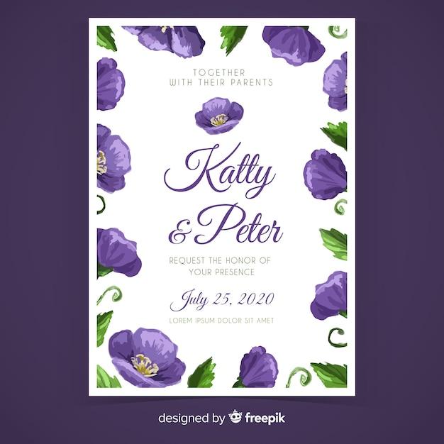 Roxo mão pintado modelo de convite de casamento floral Vetor grátis