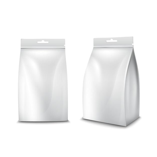 Saco de pacote branco em branco de comida de papel realista Vetor grátis
