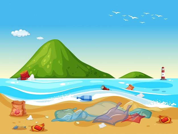Sacos de plástico na praia Vetor grátis