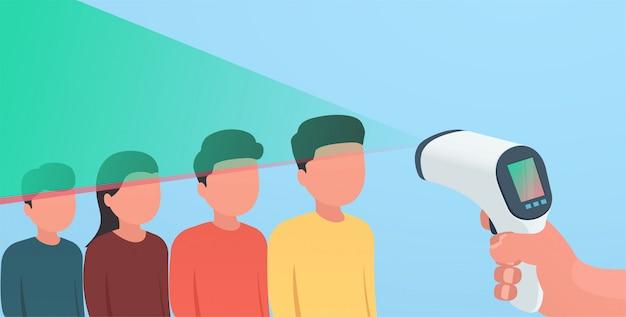 Scanner infravermelho digital sem contato. o conceito de reconhecimento de uma doença através de uma varredura da face do corpo. Vetor Premium