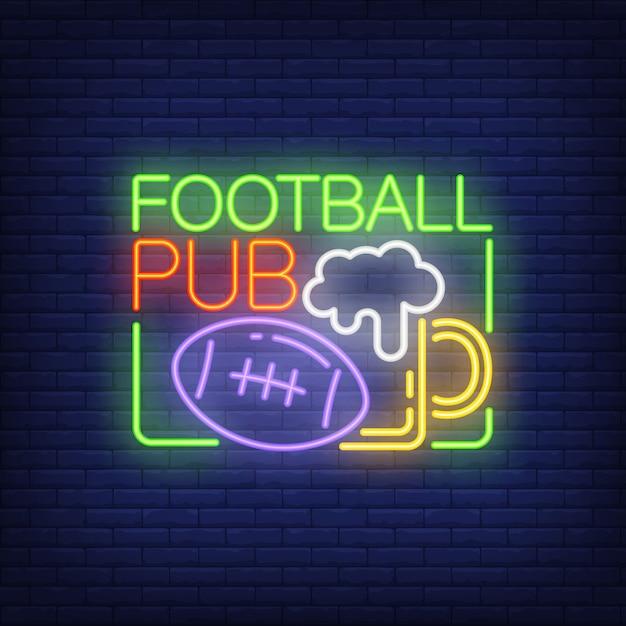Sinal de néon do pub de futebol. a bola de rugby e o vidro da cerveja dão forma no fundo da parede de tijolo. Vetor grátis