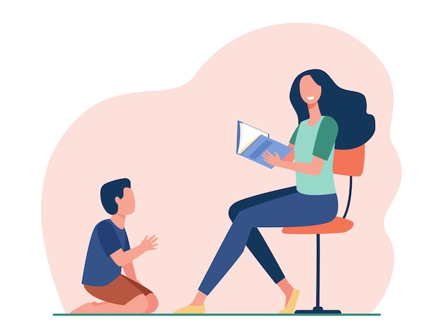 Sorrindo, mãe sentada e lendo um livro para o filho. ilustração de desenho animado Vetor grátis