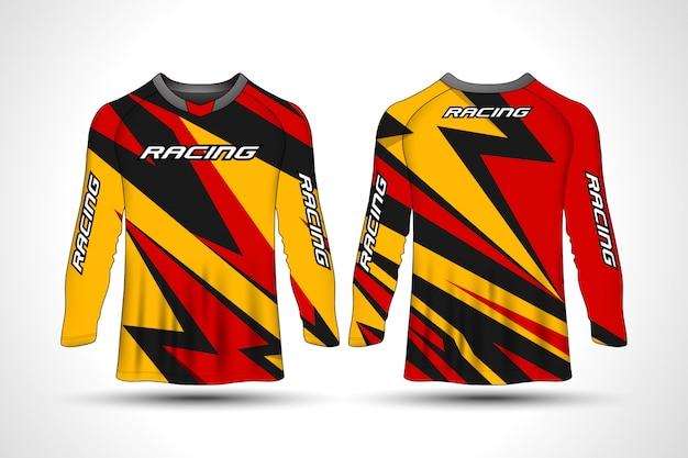 T-shirt de manga comprida camisa de moto esporte Vetor Premium