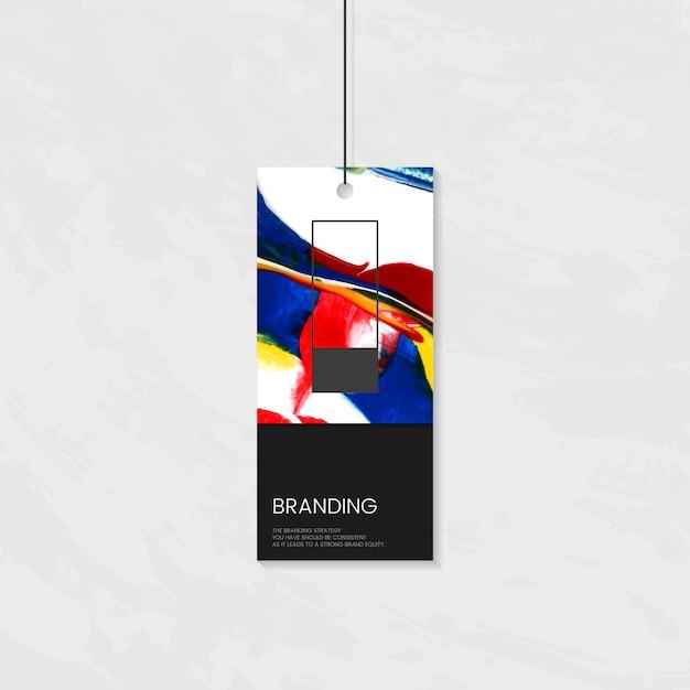 Tag de roupa com design artístico Vetor grátis