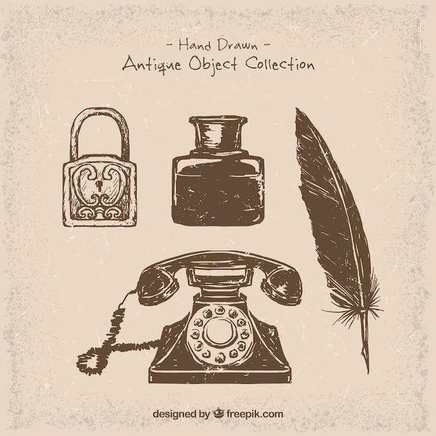 Telefone e objetos desenhados à mão do vintage Vetor grátis