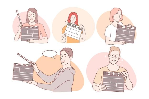 Trabalhadores de cinema com conceito de claquete. homens e mulheres jovens positivos trabalhando no cinema Vetor Premium