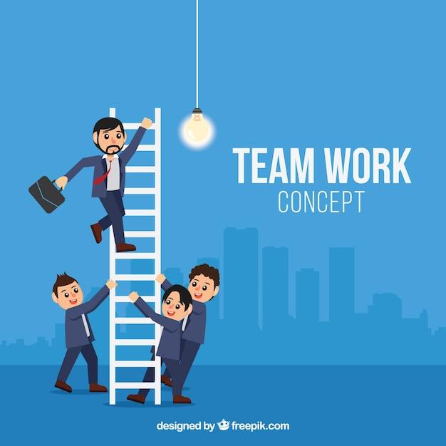 Trabalhadores profissionais que trabalham juntos Vetor grátis