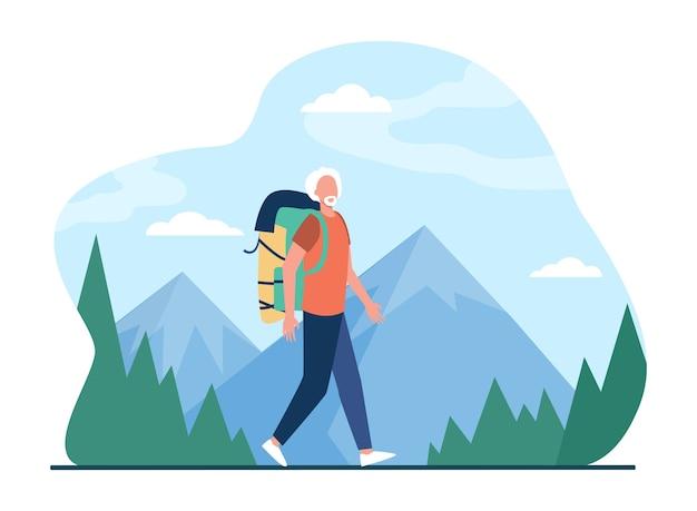 Último homem caminhando nas montanhas. turista masculina de cabelos grisalhos com ilustração plana de mochila. Vetor grátis