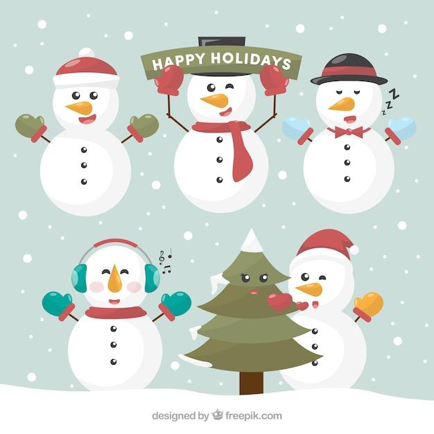 Vários Bonecos De Neve Com Decoração De Natal