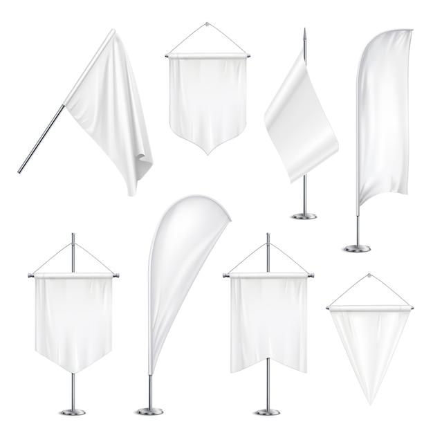 Vários tamanhos formas bandeirolas bandeiras bandeiras branco em branco pendurado e no poste fica realista conjunto ilustração Vetor grátis