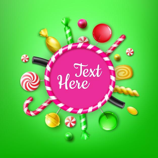 Vector candy flat lay com diferentes doces em embalagens de papel alumínio listrado vermelho e amarelo, pirulitos redemoinhos, bengala de natal, moldura para texto ou vista superior de copyspace sobre fundo verde Vetor grátis