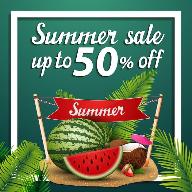 Venda de verão, desconto web banner quadrado com melancia Vetor Premium