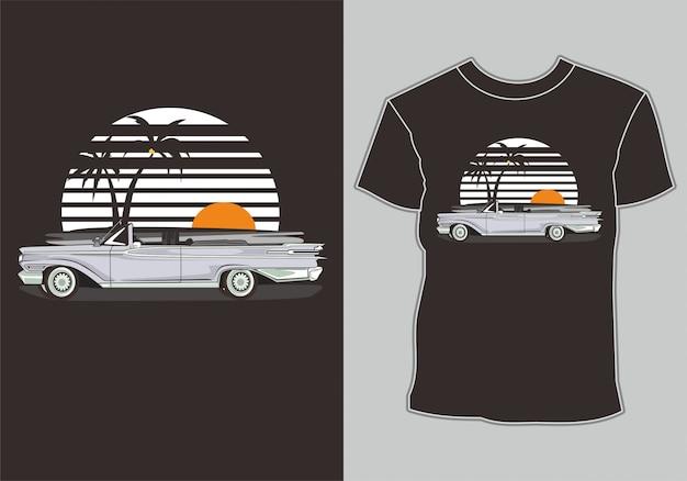 Verão de camiseta, carro antigo retrô na praia Vetor Premium