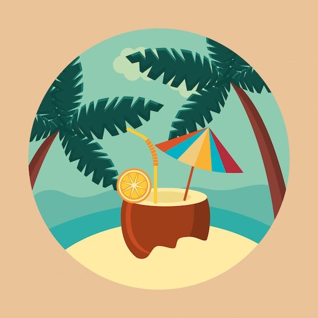 Verão e viagens, refresco de coco no paraíso em um círculo Vetor grátis
