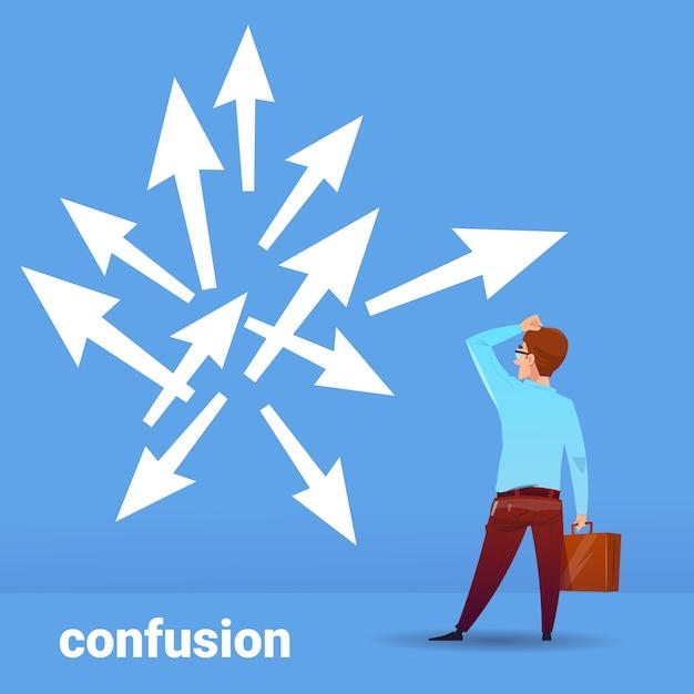 Vista traseira, empresário, pensando, confusão, negócio, escolhendo, direção, financeiro, conceito, ligado, azul, fundo, apartamento Vetor Premium