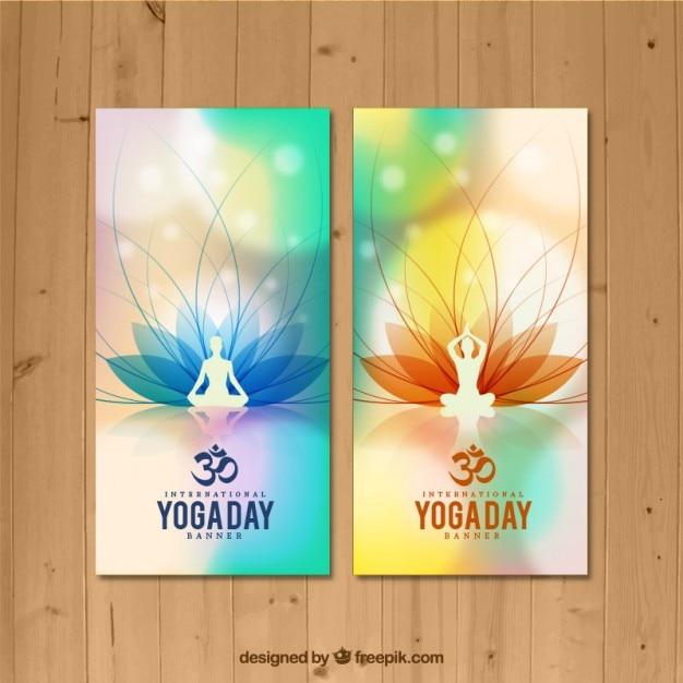 Yoga coloca banners Vetor grátis