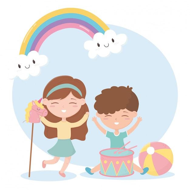 Zona infantil, bonitinho menino e menina tambor bola e cavalo brinquedos Vetor Premium