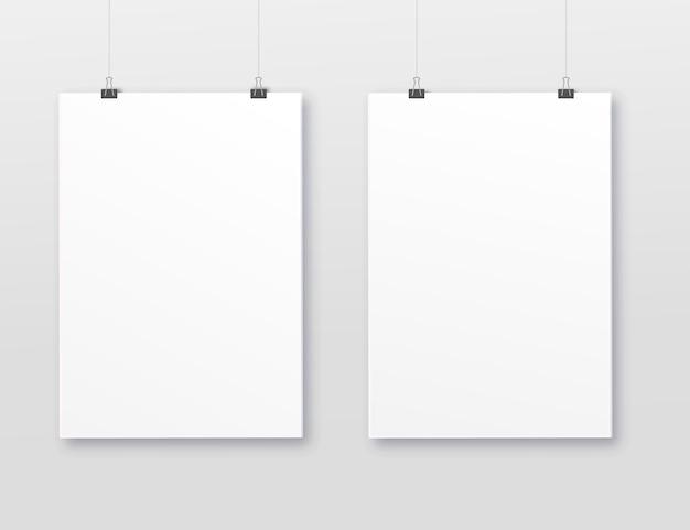 A3, a4 cornice verticale vuota per fotografie. vector la stuoia di cornice-carta bianca di plastica o di carta realistico con ombra larga dei confini Vettore Premium