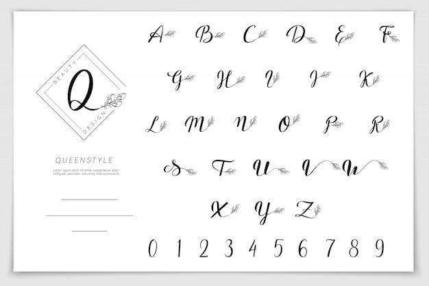 Alfabeto disegnato a mano scritto con la penna pennello Vettore Premium