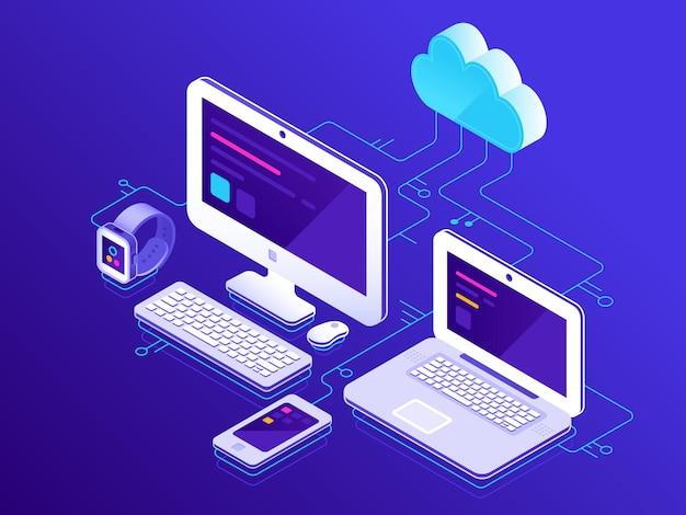 Archiviazione su cloud, dispositivi informatici collegati a pc server dati Vettore Premium