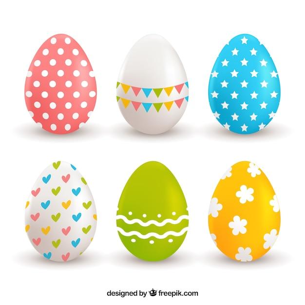 Assortimento di sei uova realistiche per il giorno di pasqua Vettore gratuito