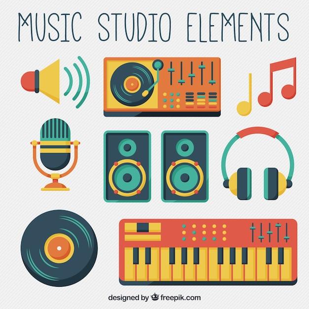 Attrezzature studio musicale Vettore gratuito