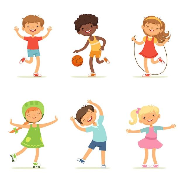 Bambini che giocano nei giochi attivi Vettore Premium