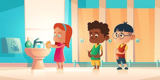 Bambini che si lavano le mani nella stanza del bagno della scuola, wc. Vettore gratuito