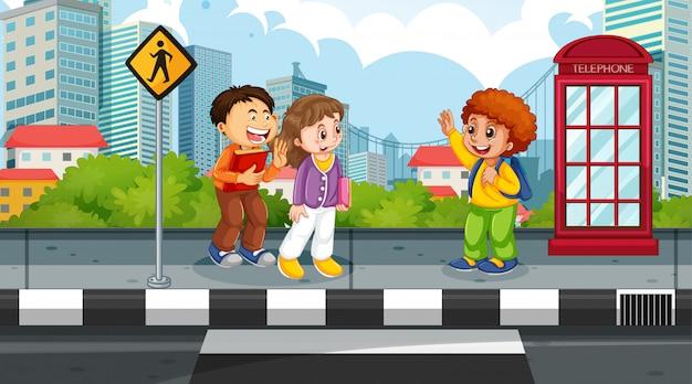 Bambini nella scena di strada Vettore gratuito